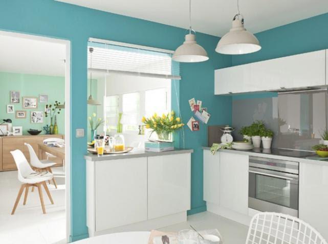Phòng bếp chung cư Ecopark màu xanh bạc hà